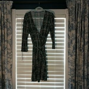 Comfortable Faux Wrap Stretch 3/4 Sleeve Dress